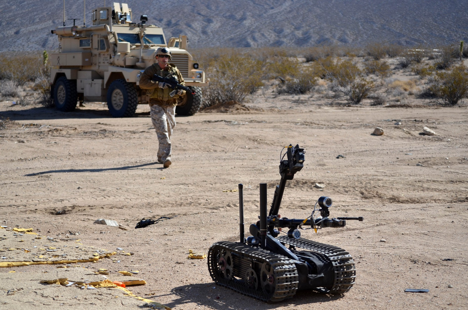Military robots Image
